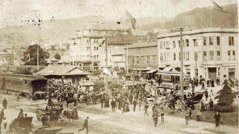 Downtown Berkeley, postcard (1907), Sarah Wikander collection.
